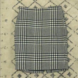 Liz Claiborne Size 8 Skirt